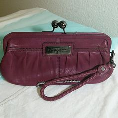 Fossil Fifty Four Clutch Wallet Gently used Fifty Four Clutch with ample space for all the necessities. Fossil Bags Clutches & Wristlets