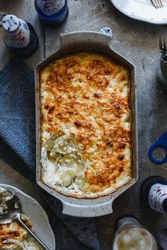 Francia rakott burgonya - Kárai Dávid Lasagna, Quiche, Breakfast, Ethnic Recipes, Food, Morning Coffee, Essen, Quiches, Meals