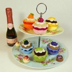 Amigurumi Cupcakes - FREE Crochet Pattern / Tutorial