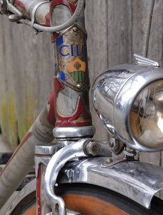 I want such a headlight! Bike Stuff, Super Sport, Vintage Bicycles, Road Bike, Bmx, Mountain Biking, Badges, Motorbikes, Touring