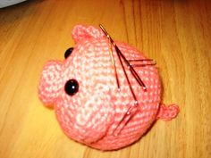 My little Pig (large images) - pattern included - CROCHET