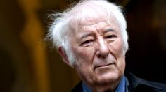 Simon to sing at tribute for poet Heaney