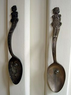 Spoons upcycled into cabinet handles. Huge fork handles would be cool for a walk in closet in a little mermaid room