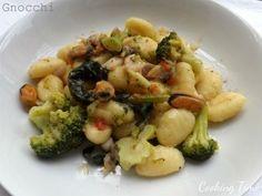 Gnocchi ai broccoli e sugo di pesce