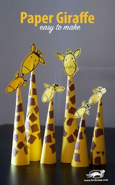Paper Giraffes – so easy to make Basteln mit Papier - Tiere basteln - diesmal Giraffen. Quick Crafts, Animal Crafts For Kids, Paper Crafts For Kids, Toddler Crafts, Diy For Kids, Simple Paper Crafts, Simple Crafts For Kids, Art And Craft, Kids Animals