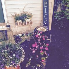 FEATURED!!  OUR CRAFTY MOM: OUTDOOR FRONT ENTRY DECORATING