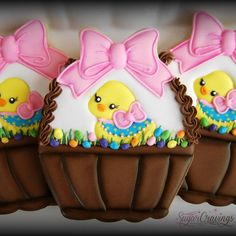 Basket favors for a belated Easter celebration. 🐤🐣#SugarCravings #decoratedcookies #customcookies #favorcookies #Easter2016