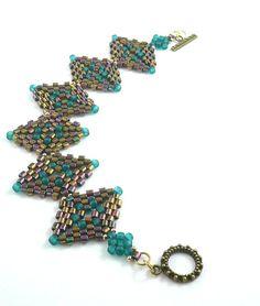 Diamond peyote shape cuff bracelet by daxbeadartpatterns on Etsy Beaded Bracelets, Peyote Stitch, Diamond Pattern, Bead Weaving, Colour Images, Diamond Shapes, Things To Sell, Beads, Accessories