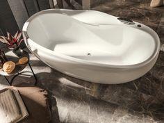Dekorputz badezimmer ~ Badezimmer design hinterbeleuchteter spiegel mit extravaganter