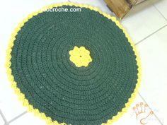 Tapete Sweet Home Redondo de Crochê em Barbante - Receita de Croche com o Passo a Passo no Link http://www.aprendendocroche.com/receitas-de-croche/video-aula.asp?resid=928&tree=11