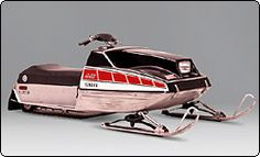 Yamaha Motor Corporation, USA - 1976 Home One of my first rides. I just love these little things. Snow Vehicles, Vintage Sled, Snow Machine, Yamaha Motor, Snowmobiles, My Ride, Offroad, Old School, Racing