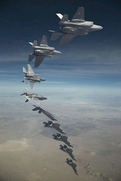 Composite - Diving barrel roll Fleet Reaches Hours by Lockheed Martin Military Jets, Military Aircraft, Air Fighter, Fighter Jets, F 16, Jet Plane, Fighter Aircraft, Ciel, Air Force
