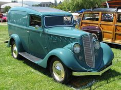 Willys 77 Sedan Delivery photos, picture # size: Willys 77 Sedan Delivery photos - one of the models of cars manufactured by Willys Hot Rod Trucks, Cool Trucks, Big Trucks, Willys Wagon, Classic Pickup Trucks, Day Van, Panel Truck, Us Cars, Vintage Trucks