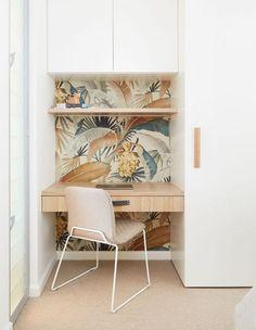 Studiere Skandinavisch # studiere # Skandinavisch – Home office wallpaper Office Nook, Home Office Space, Home Office Design, Home Office Decor, House Design, Home Decor, Office Ideas, Hallway Office, Desk Nook