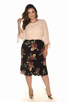 Plus size photos, plus size fashion and plus size tips Curvy Girl Fashion, Modest Fashion, Skirt Fashion, Fashion Outfits, Plus Size Beauty, Plus Size Fashion For Women, Plus Fashion, Looks Plus Size, Plus Size Model