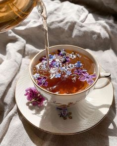Are you a coffee or tea person? Think Food, Flower Tea, Aesthetic Food, Simple Aesthetic, Aesthetic Black, Korean Aesthetic, Flower Aesthetic, Cute Food, Simple Pleasures