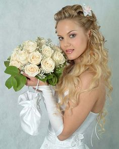 links to latest fashion trends hair, nails, and make-up also.Half Up Wedding Hairstyles Half Up Wedding Hair, Wedding Hairstyles Half Up Half Down, Curly Wedding Hair, Long Hair Wedding Styles, Wedding Hairstyles For Long Hair, Bride Hairstyles, Down Hairstyles, Bridal Hair, Bridesmaid Hairstyles