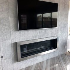 Stunning Interior Tv Wall Designs Above Fireplace With Textured Tile Home Room Design, House Design, Tv Wall Cabinets, Wall Entertainment Center, Tv Over Fireplace, Tv Wand, Tv Wall Design, Design Art, Woodland House