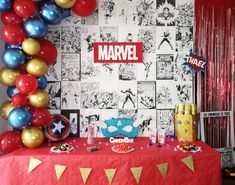 Organiser un anniversaire Marvel - SabrinaBerrich Costume Thor, Anniversaire Harry Potter, Marvel, Lets Celebrate, Diy Organization, Decoration, Advent Calendar, Holiday Decor, Dekoration