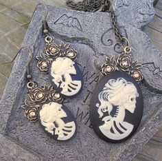 Halloween Cameo Gothic Lolita Necklace and Earrings Set