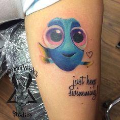 De Procurando Nemo a Procurando Dory, 25 tatuagens para você se inspirar.