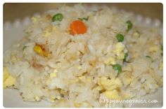 Fried Rice recipe - Happy Money Saver - put it in the freezer! Freezer Friendly Meals, Make Ahead Freezer Meals, Frugal Meals, Easy Meals, Bulk Cooking, Bulk Food, Freezer Cooking, Cooking Recipes, Baked Chicken Strips