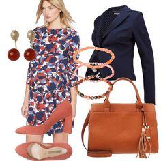 Colori a me molto cari arancio e blu, sono i miei preferiti e mi ricordano l'autunno; outfit composto da abitino fantasia con cinturini sui fianchi navy-orange. Blazer navy con bottone, scarpa con tacco comodo quadrato color ruggine con accessori abbinati