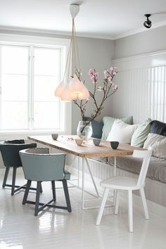 28 Stunning Scandinavian Dining Room Design Ideas - Page 2 of 30 Dining Room Design, Dining Room Table, Dining Bench, Kitchen Dining, Room Interior, Interior Design, Interior Ideas, Interior Modern, Dining Room Lighting