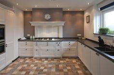 ... keuken met een mooie schouw more than with strakke landelijke keuken