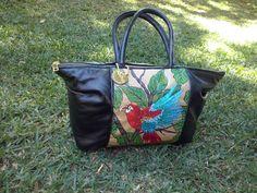 Bolsa  bordada e pintada no saco de cimento