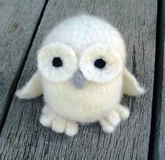 Ravelry: Amigurumi White Owl pattern by Vicky Lewis