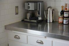 Budget kitchen countertops ideas: sheet metal, tile, wood & clay