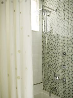 love the shower mosaic!