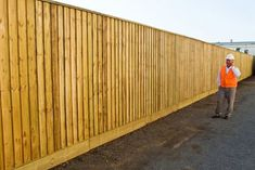 Pine Paling Fence Lapped Capped and Sleeper Base