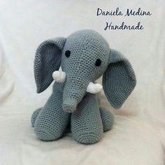 So beautiful great job. Credit : @daniela.medina.handmade -  El favorito de los bebés  . #elephant #elephants #elephantlove