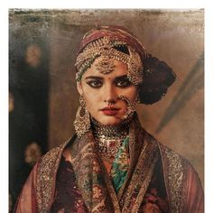 Necklaces Layered Sabyasachi L'OrientExotique - Mehndi, Henna, Tribal Jewelry, Indian Jewelry, Bridal Looks, Bridal Style, Sabyasachi Collection, Expensive Jewelry, Indian Couture