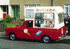 Mobile Catering, Ford Anglia, Food Vans, Vintage Ice Cream, Ice Cream Van, Old Trucks, Icecream, Buses, Transportation