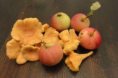 Happylobster Pear, Apple, Fruit, Food, Apple Fruit, Essen, Meals, Yemek, Apples