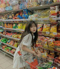Korean Girl Cute, Korean Girl Short Hair, Korean Girl Ulzzang, Korean Photography, Fashion Photography Poses, Korean Aesthetic, Aesthetic Girl, Japonese Girl, Best Photo Poses