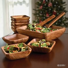 Isn't this salad bowl set beautiful? Available at Ten Thousand Villages!