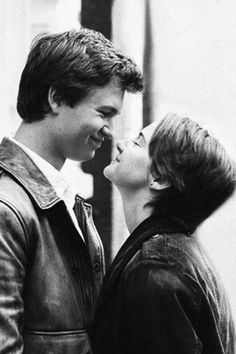Hazel and Gus :) Augustus Waters, Hazel Y Augustus, Movie Couples, Cute Couples, Fault In The Stars, Hazel Grace Lancaster, John Green Books, Light Film, Star Quotes