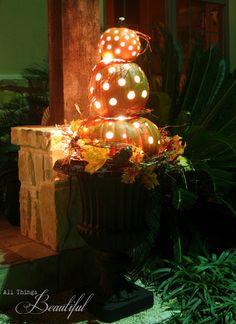 DIY Fall Porch Pumpkin Topiary {Tutorial}