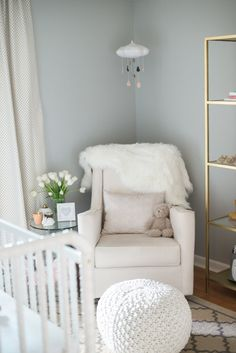living room gliders decorating ideas navy blue 20 best glider rockers for the images nursery tour with jennifer of vonbon theglitterguide com calming taupe