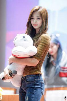 These are cutest photos of Tzuyu TWICE - Sexy K-pop Nayeon, Kpop Girl Groups, Korean Girl Groups, Kpop Girls, Tzuyu Body, Twice Tzuyu, Chou Tzu Yu, Twice Kpop, Dahyun
