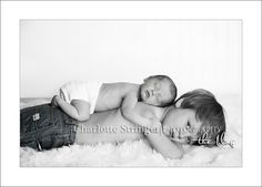 big brother/ little brother http://media-cache3.pinterest.com/upload/110830840799301135_JPA8YLvv_f.jpg shea newborn inspiration