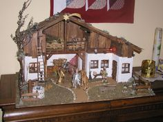A traditional Austrian nativity scene. Christmas Holidays, Christmas Decorations, Xmas, Nativity Stable, Nativity Sets, Christmas Nativity Scene, Crib Sets, Diy Crafts For Kids, Cribs
