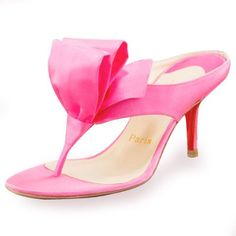 http://www.sale-christian-louboutin-shoes.com/christian-louboutin-womens-sandals-c-9.html