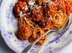 Denny Chef Blog: Nidi di spaghetti con polpettine