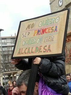 pancartas/carteles feministas, encontrados la mayoría en twitter y ot… #detodo # De Todo # amreading # books # wattpad