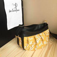 Sac Cancan en simili noir et coton jaune cousu par Jennifer - Patron Sacôtin